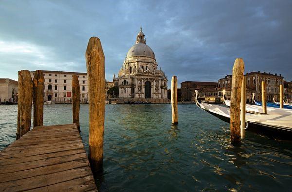Bright Colors Of Italy: TOP Venice Festivals