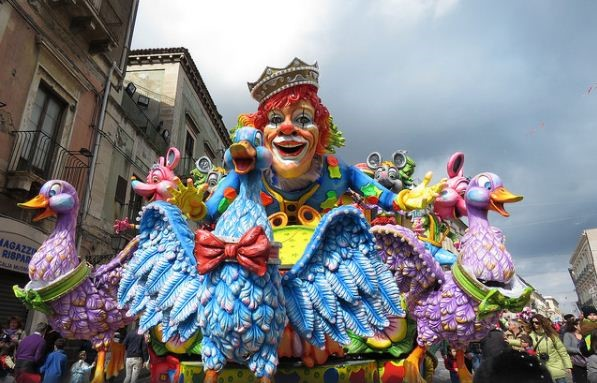Bright Colors Of Italy: TOP Venice Festivals
